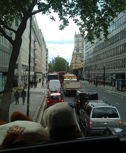 Westminster Abbey si London Eye din double decker