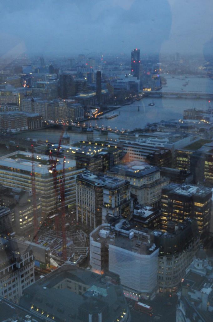 Vedere spre London Eye